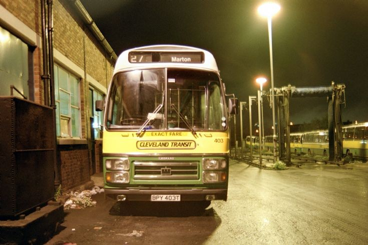 Night view of Leyland Leopard (BPY403T) in 1987