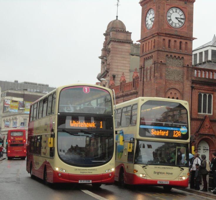 Brighton & Hove 420 & 915 (The Two Doctors)