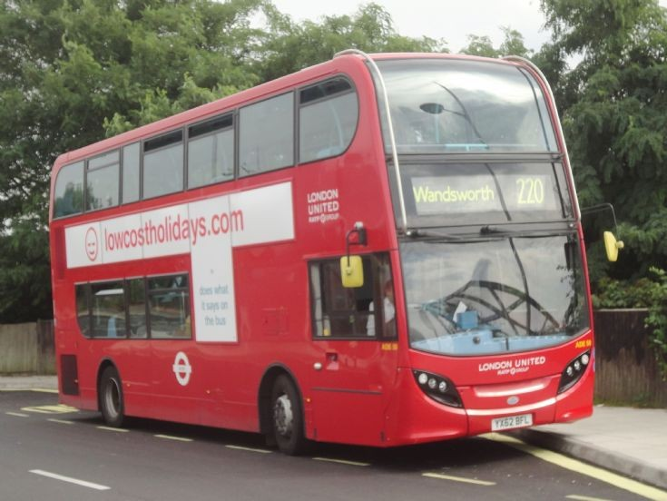 London Bus Routes : The 220