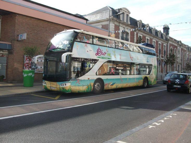 Calais Coach 4545YF62