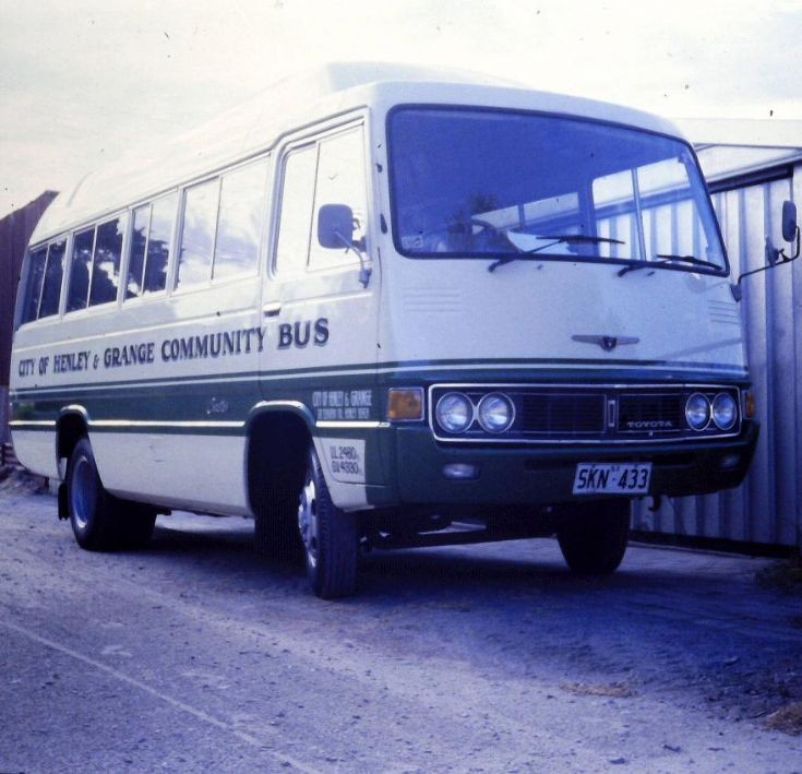 Toyota 19 seater Bus