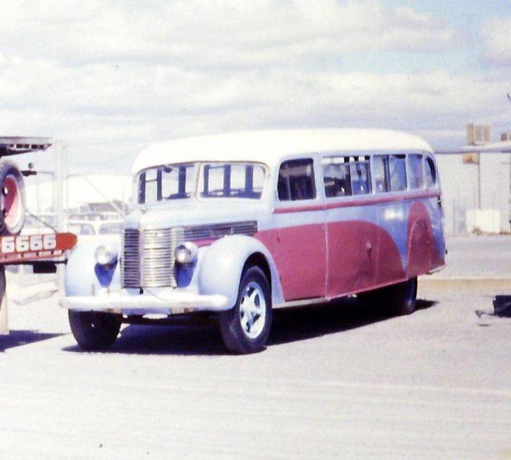 Diamond  T or Reo Bus