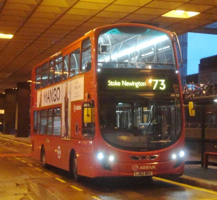 London Bus Routes : The 73