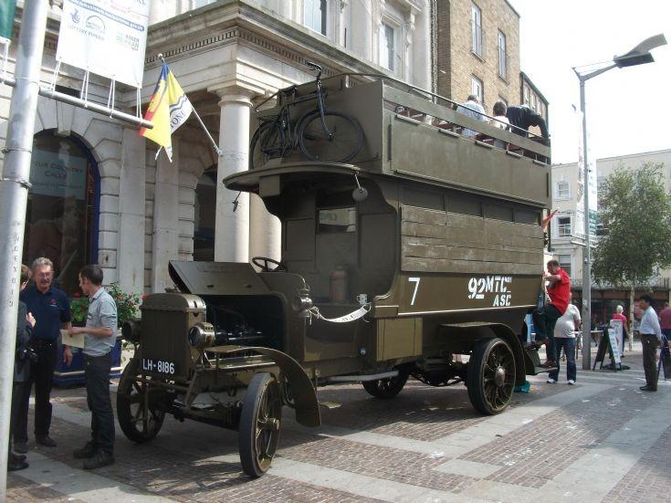 First World War Bus