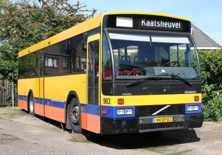 BBA Volvo-Den Oudsten VH-27-DJ