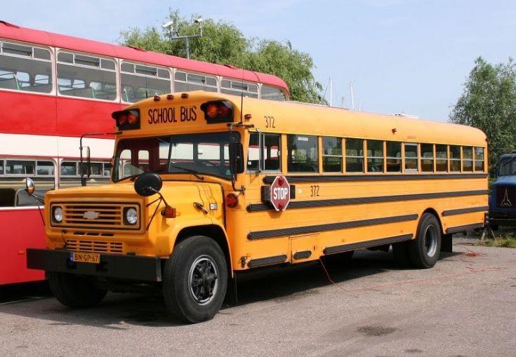 Chevrolet School bus BN-GP-67