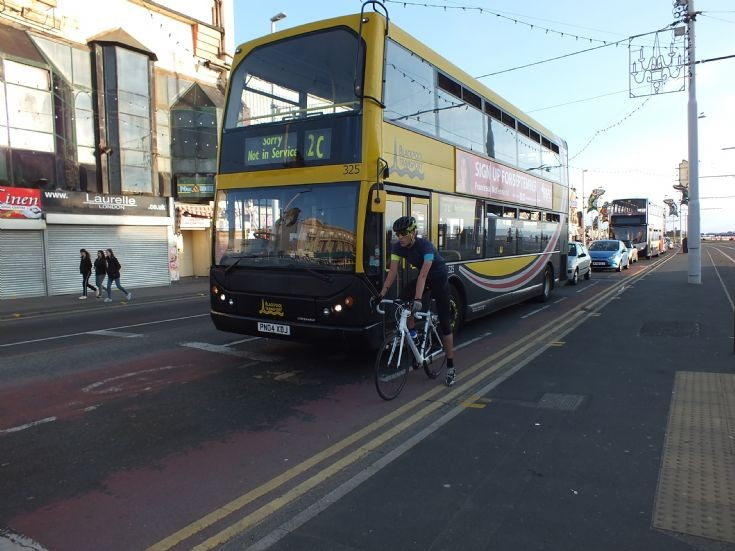 Blackpool Transport 325