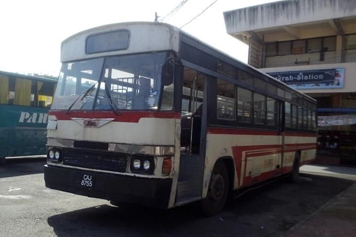 CAJ 8755-PAHANG LIN SIONG BUS