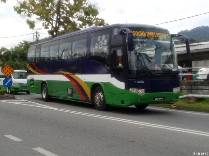 BLB 9640 Tour Bus