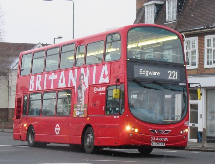 London Bus Routes : The 221