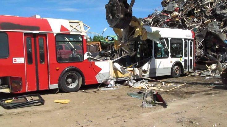 Ex-OC Transpo Orion VI scrapping