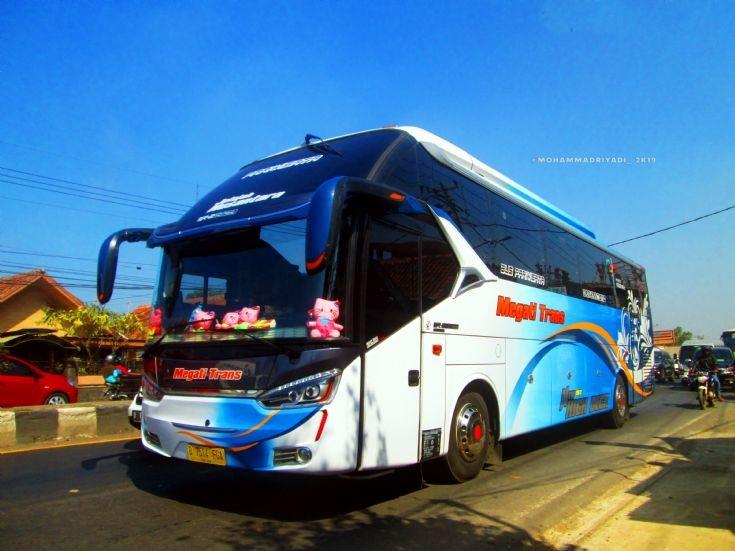 Megati Trans Tour Bus Hino