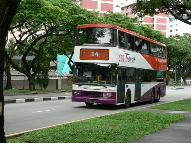Bus and Coach Photos - SBS TRANSIT Volvo Olympian Singapore