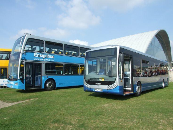 Showbus buses