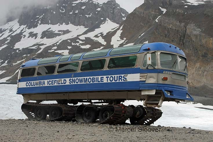 Columbia Icefield Snowmobile Tours