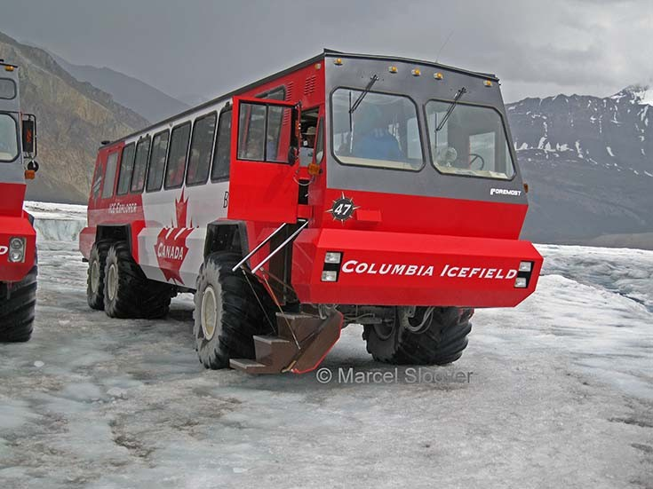 Terra Bus Columbia Icefield
