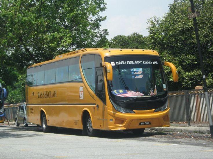 Hino Bus Malaysia - Bas Sekolah