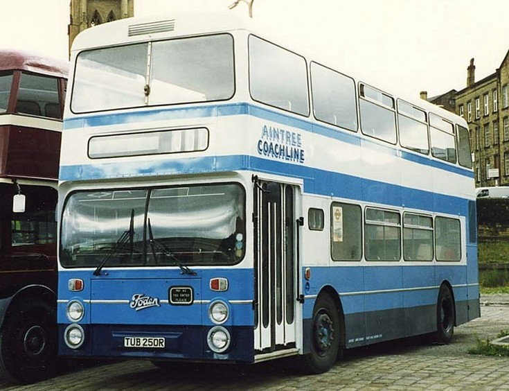 Aintree Coachlines Foden
