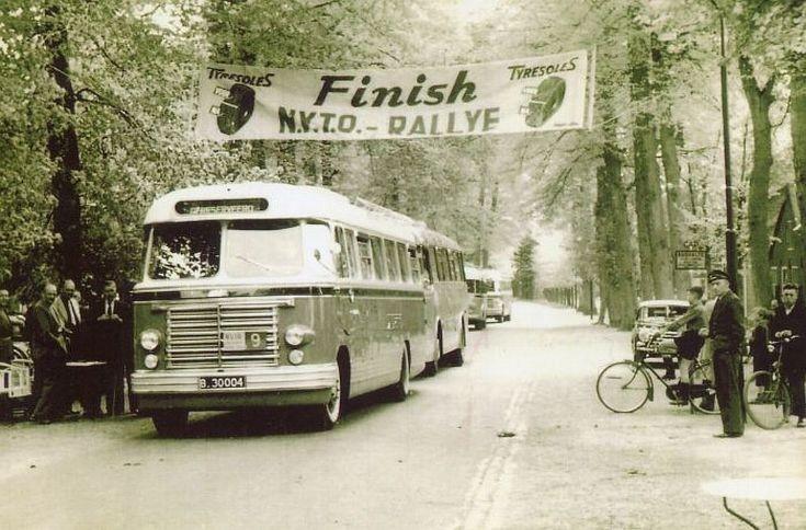 Bus at finish of N.V.T.O. Rallye