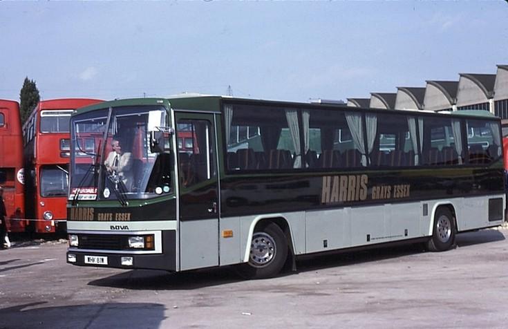 Harris (Grays Essex) Bova coach