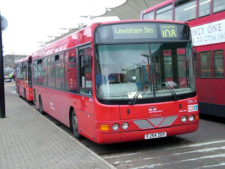 East Thames Bus FL54ZDY Wright body work