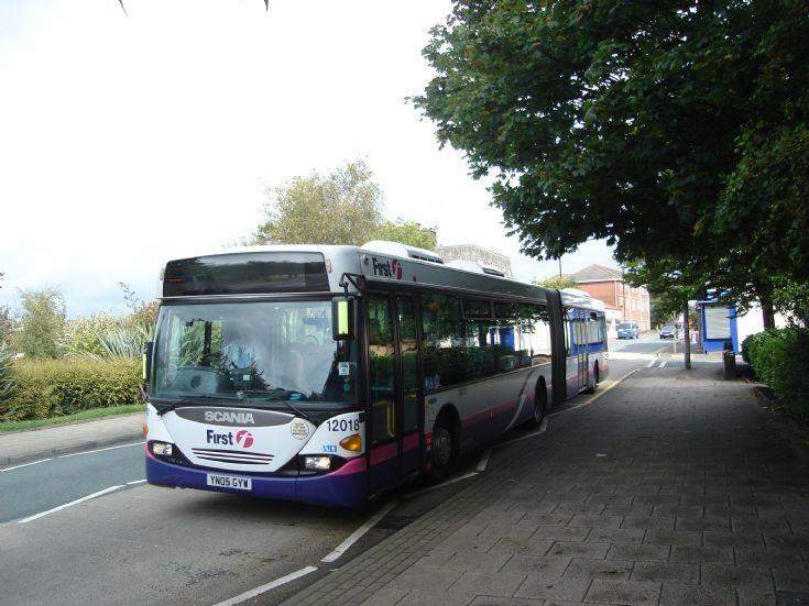First Manchester 12018 (YN05 GYW)