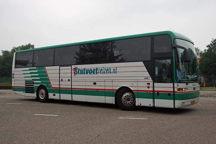 Stutvoet Reizen EOS coach EOS 90