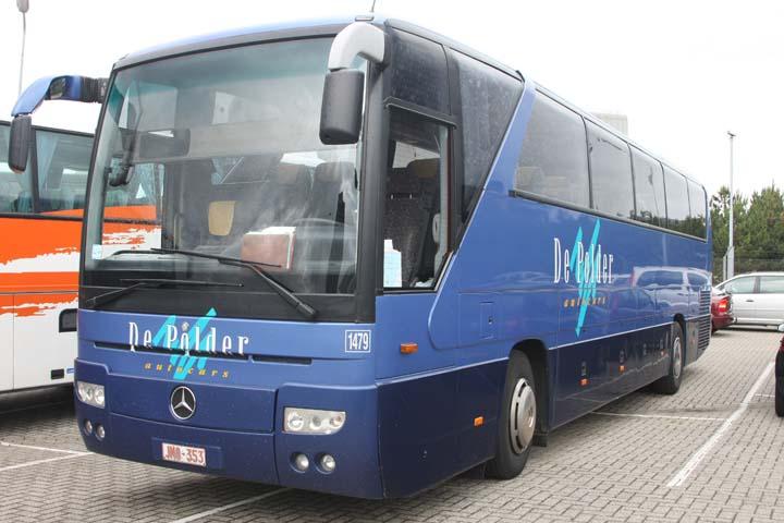 Mercedes touring coach images for Mercedes benz tour bus