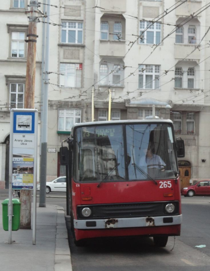 Budapest Trolleybus 265 Front View