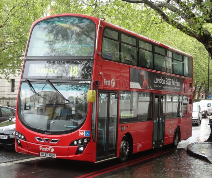 Londn Bus Routes : The 18