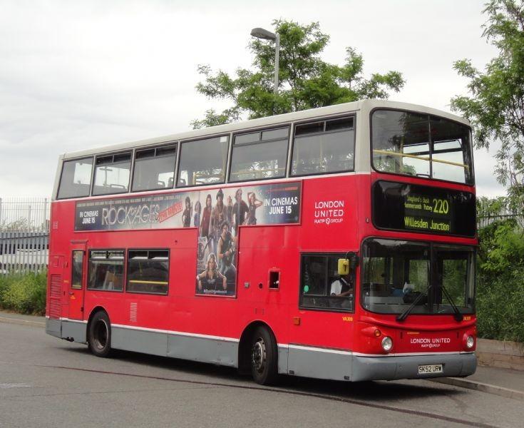 London Bus Routes : The 220