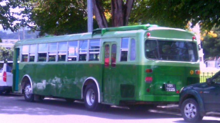 Picture of Hino Fuji-bodied bus in Trinidad