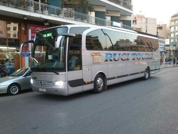 Bus and coach photos mercedes benz travego for Mercedes benz tour bus