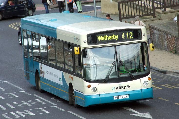 Arriva Dennis Dart SLF bus with Alexander bodywork