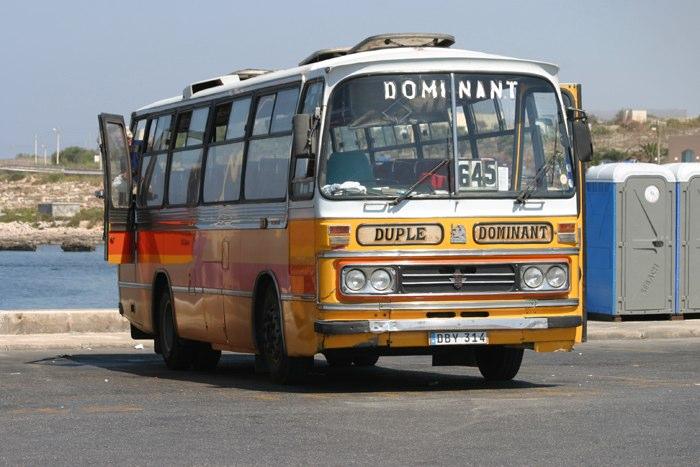Maltese Vauxhall Bus?