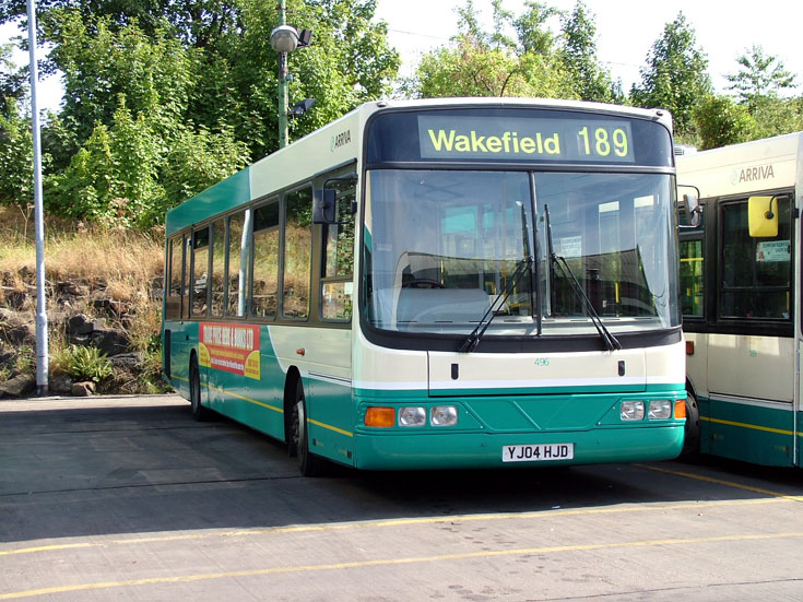 Daf SB200 bus with Wright Commander body