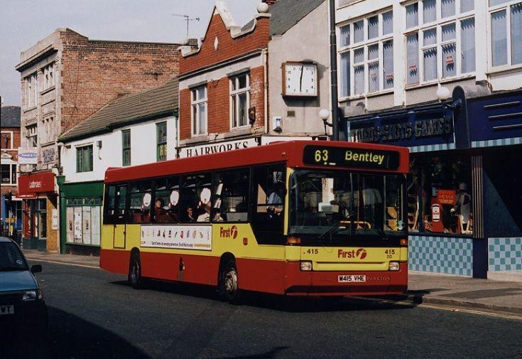 Volvo / Plaxton bus